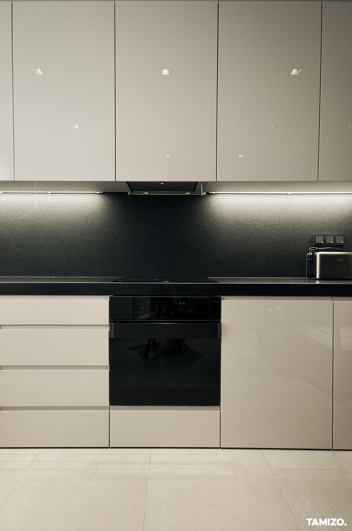I045_tamizo_architekci_projekt-wnetrz-mieszkanie-lodz-nowoczesne-apartament-05