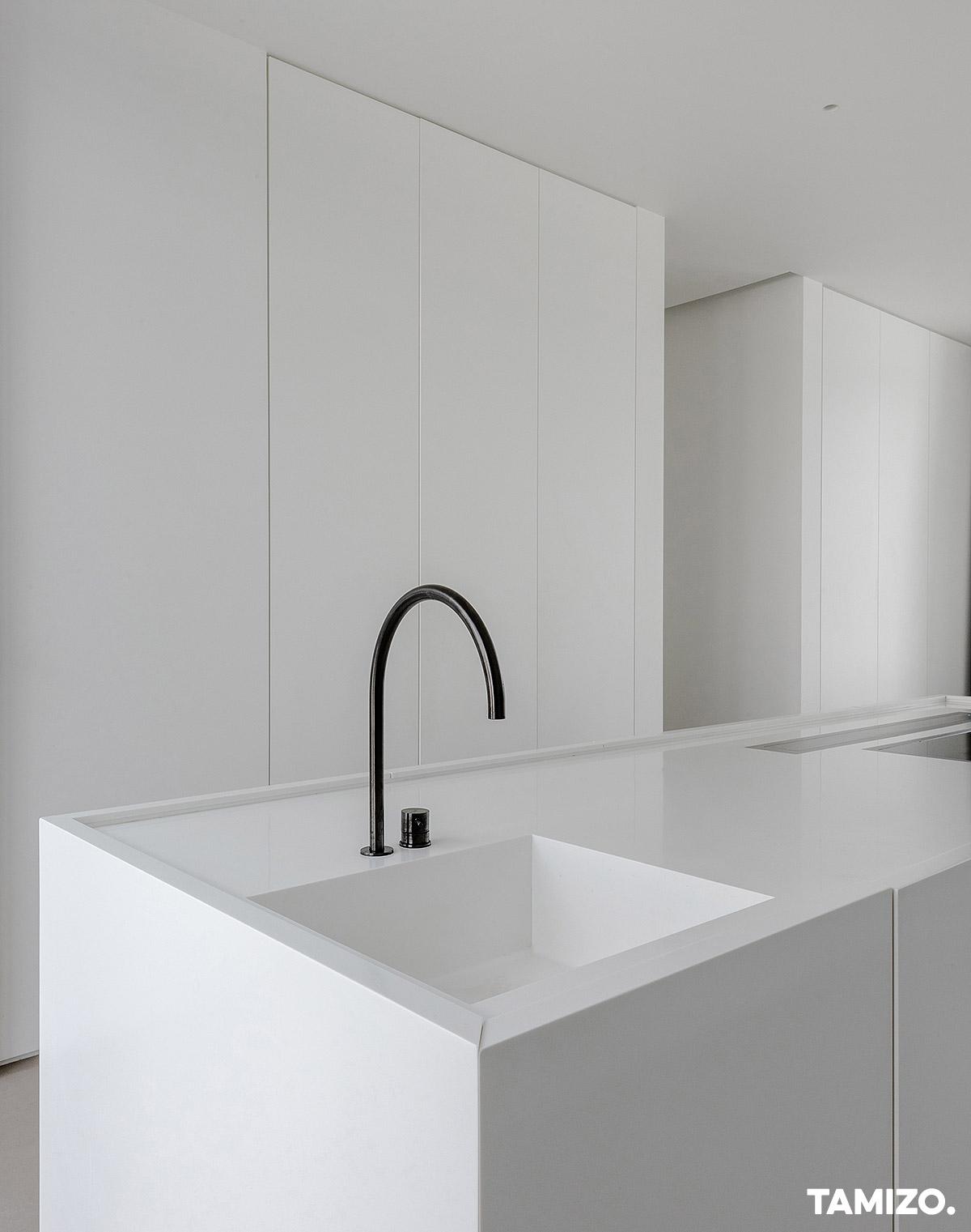 025_tamizo_architects_interior_house_realization_warsaw_poland_36