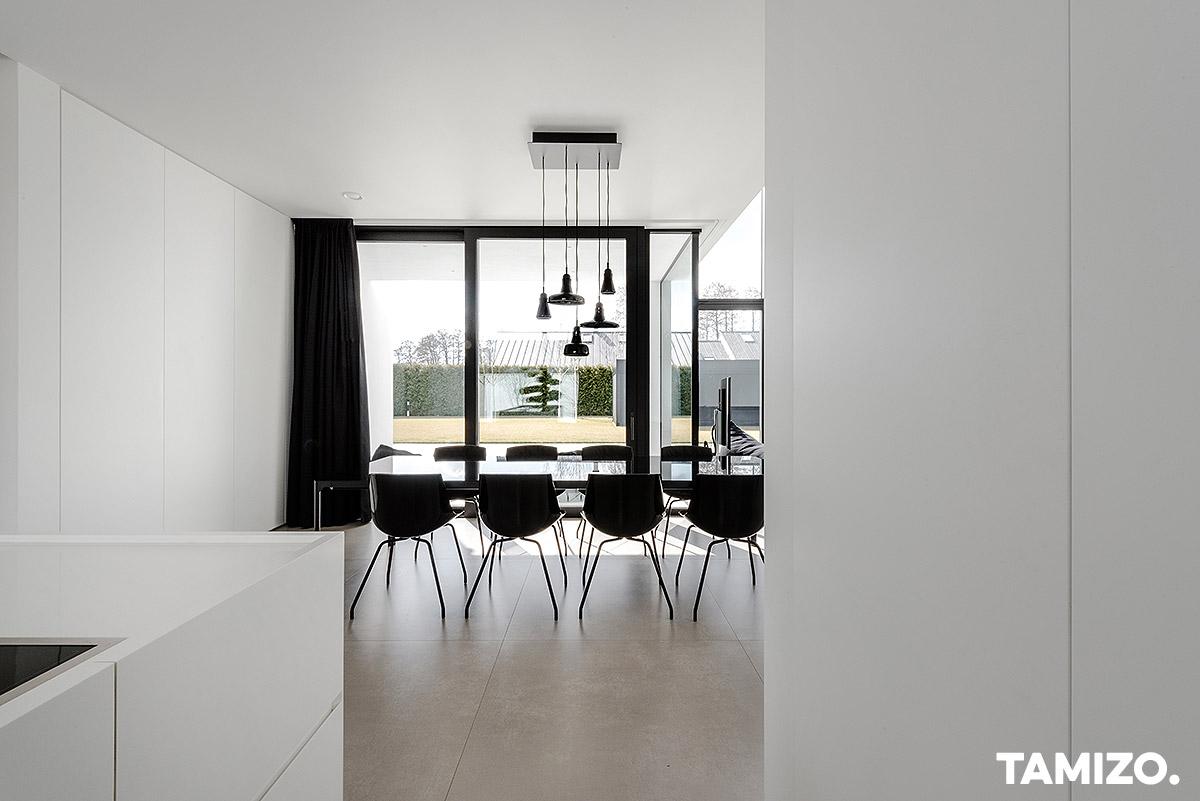 026_tamizo_architects_interior_house_realization_warsaw_poland_34