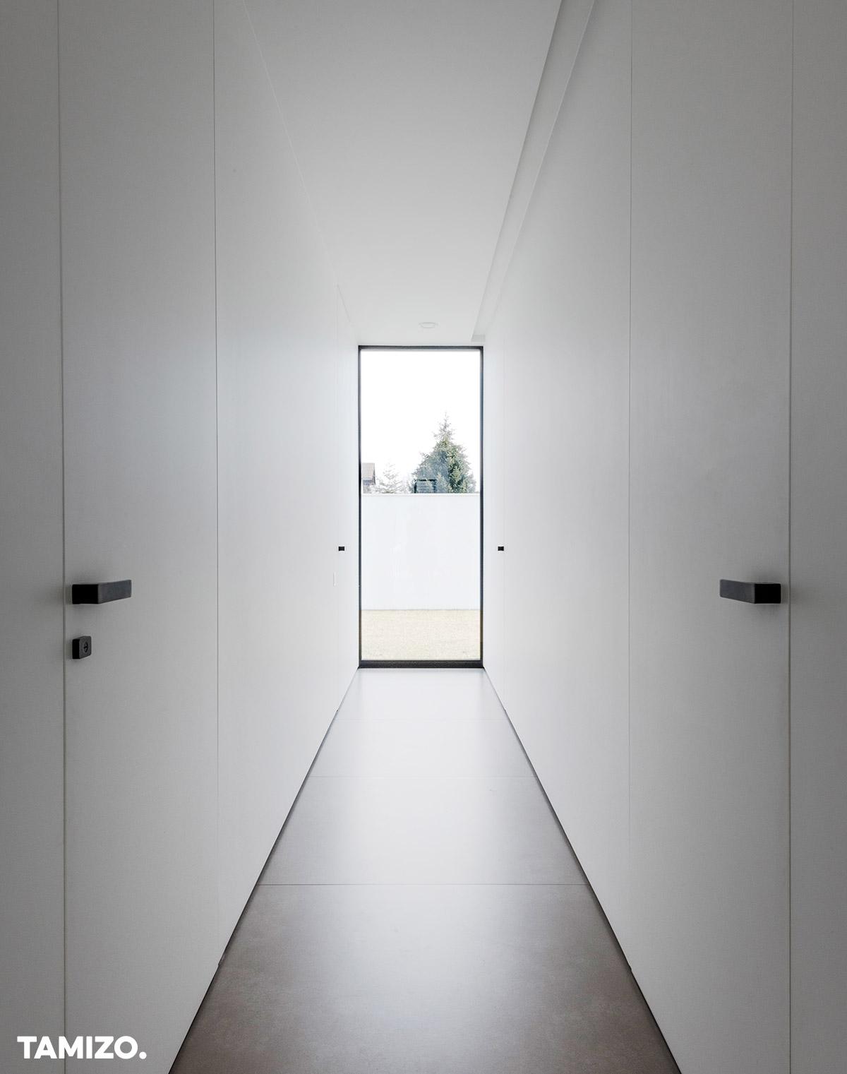 027_tamizo_architects_interior_house_realization_warsaw_poland_22