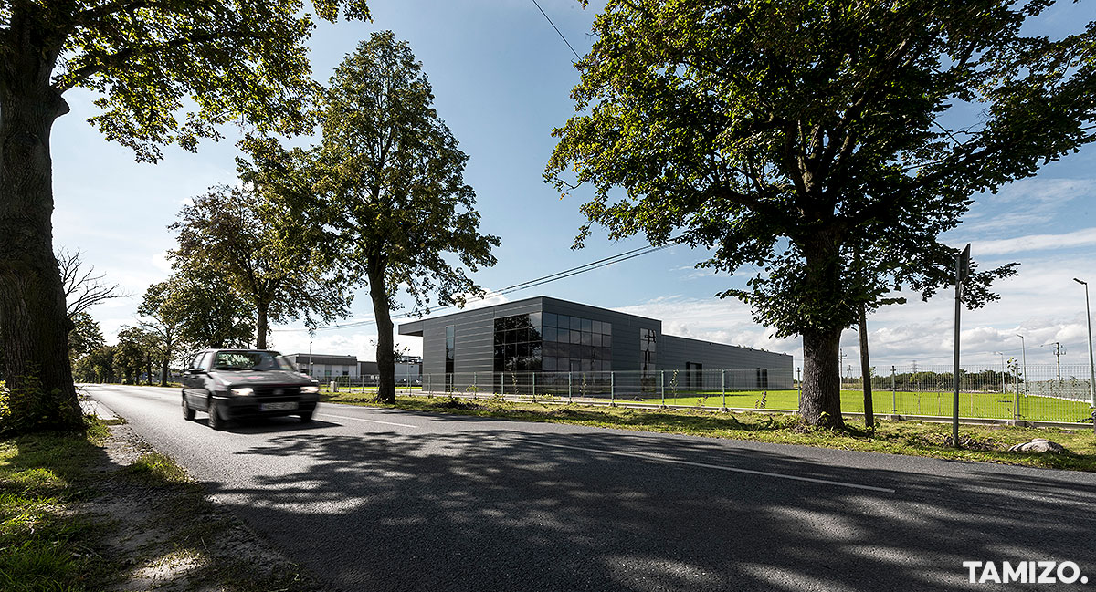 A070_tamizo_architects_hala_plock_inntec_realizacja_biurowy_budynek_halowy_09