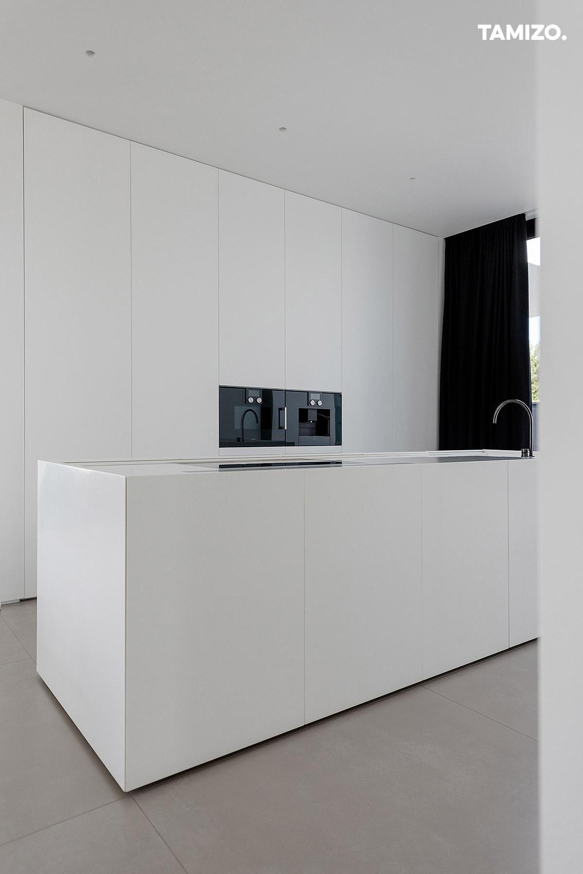 020_tamizo_architects_interior_house_realization_warsaw_poland_29