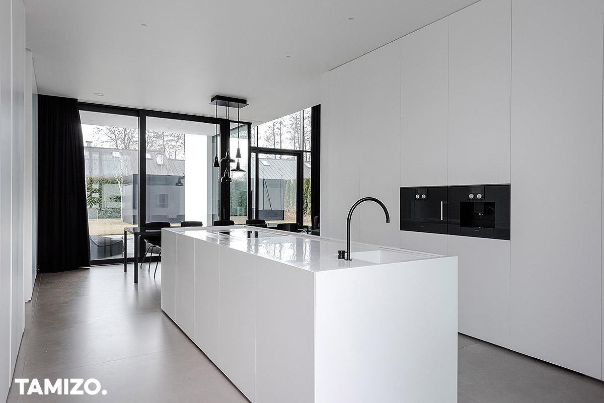 023_tamizo_architects_interior_house_realization_warsaw_poland_37